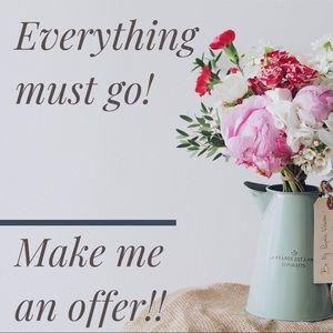 Handbags - Everything must go! Make me an offer!